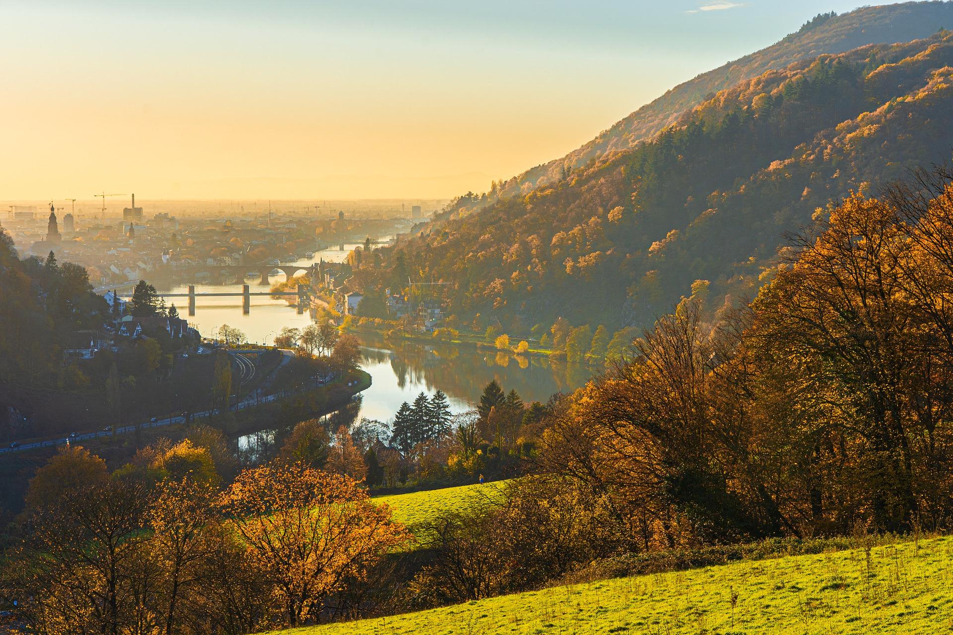 Symbolbild Heidelberg: Blick ins Tal.